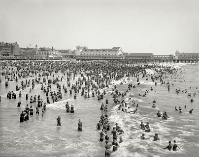 1904 – The Jersey Shore – Steeplechase Pier and bathers, Atlantic City