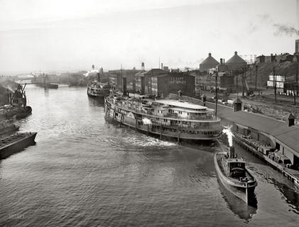 1905 – Cleveland, Ohio on the Cuyahoga River