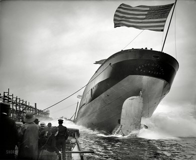 1905 – St. Clair, Michigan – Launch of steamer Frank J. Hecker