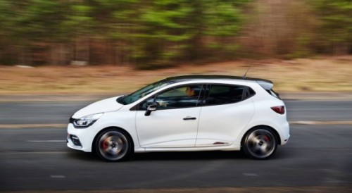 2015-renault-clio-rs-trophy