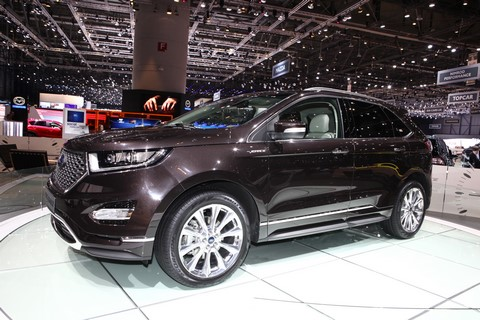 ford kuga vignale concept cabel kawan cabel kawan. Black Bedroom Furniture Sets. Home Design Ideas