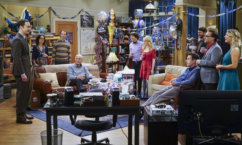 Adam West dans le 200e épisode de The Big Bang Theory, 25 février 2016