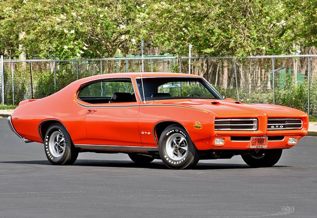 1969 Pontiac GTO Judge Hardtop Coupe; top car design rating and specifications