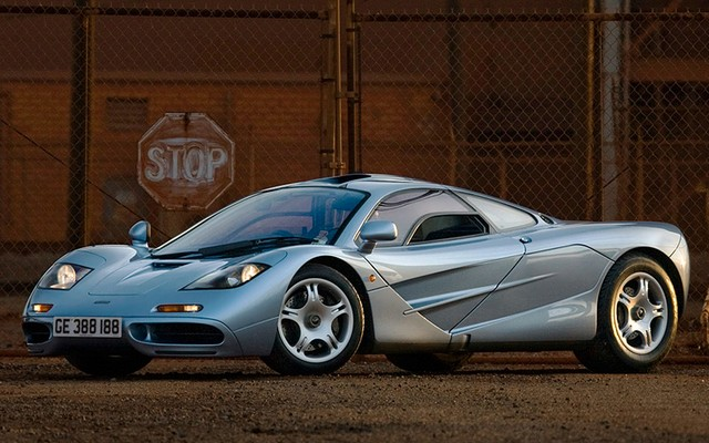 1993 McLaren F1 top car rating and specifications