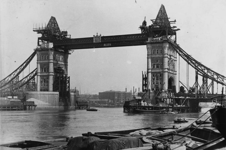 L'instant Vintage : Tower Bridge